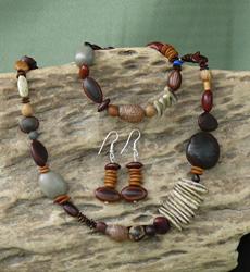 Autumn mix of Far North Queensland seeds Necklace, Bracelet, Earrings Set 34d