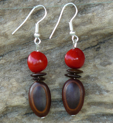 Milatto's ear and Red Bead Seed Earrings #7c