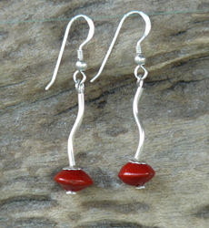 Sterling Silver curve tube with Red Bead Seeds Earrings #64c